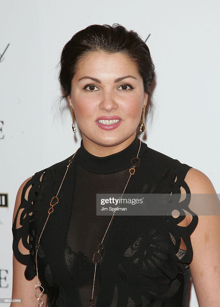 <a gi-track='captionPersonalityLinkClicked' href=/galleries/search?phrase=Anna+Netrebko&family=editorial&specificpeople=732328 ng-click='$event.stopPropagation()'>Anna Netrebko</a> attends the New York premiere of 'Nine' at the Ziegfeld Theatre on December 15, 2009 in New York City.
