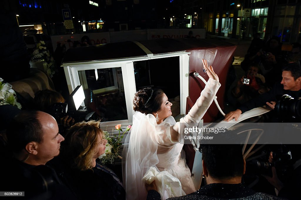 <a gi-track='captionPersonalityLinkClicked' href=/galleries/search?phrase=Anna+Netrebko&family=editorial&specificpeople=732328 ng-click='$event.stopPropagation()'>Anna Netrebko</a> during her wedding with Yusif Eyvazov at Palais Liechtenstein on December 29, 2015 in Vienna, Austria.