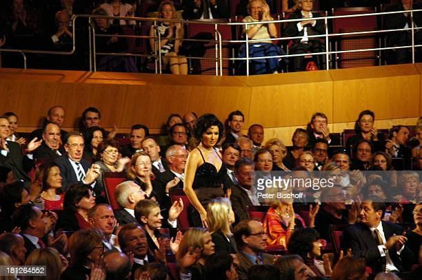 'Echo Klassik 2005' Philharmonie im Gasteig München Deutschland 12 Verleihung Preisträgerin Klassikpreis Auftritt Zuschauer Publikum Sängerin...