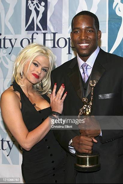 Anna Nicole Smith and Michael Redd during 38th Annual Victor Awards by the City of Hope at Las Vegas Hilton in Las Vegas Nevada United States