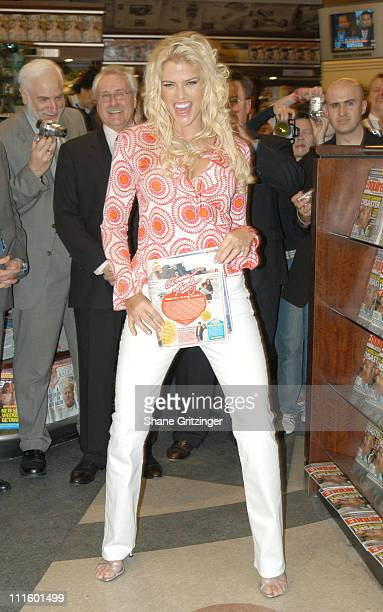 Anna Nicole Smith during Anna Nicole Smith Kicks Off the ReLaunch of The National Enquirer at Grand Central Station in New York City New York United...