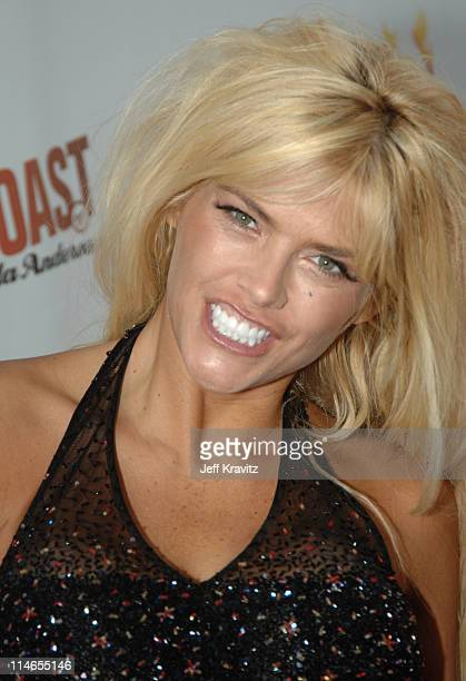 Anna Nicole Smith during Comedy Central Roast of Pamela Anderson Red Carpet at Sony Studio in Culver City California United States
