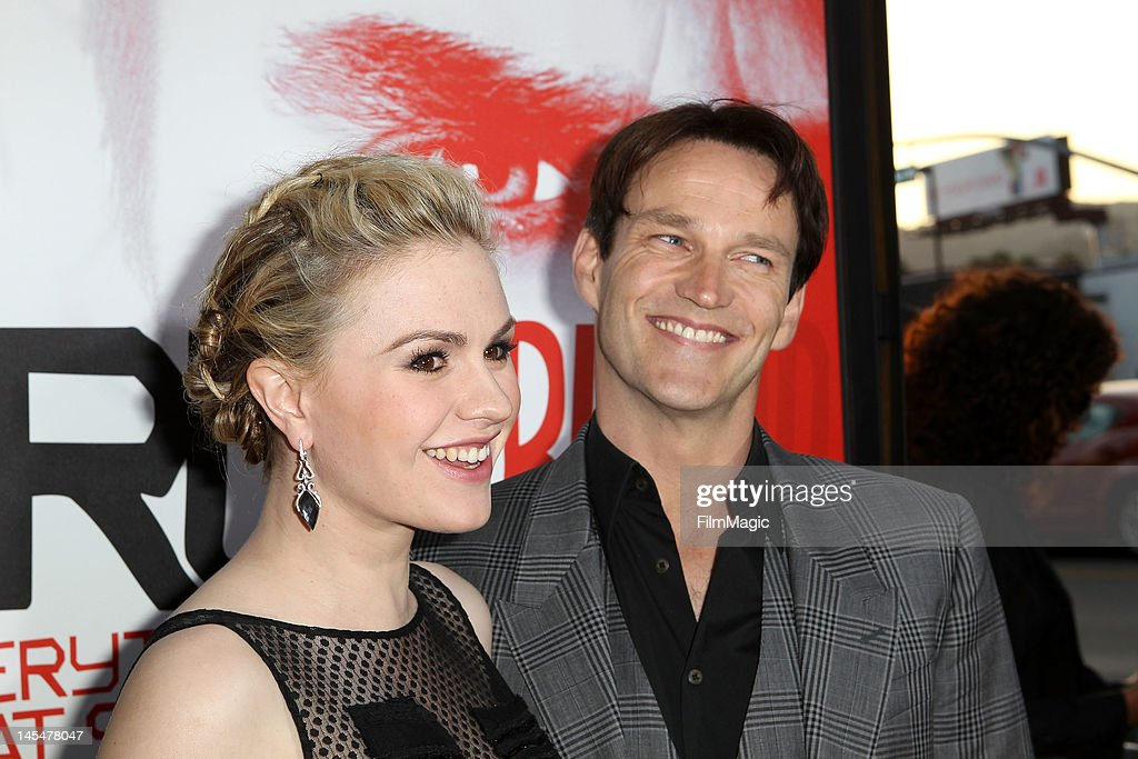 <a gi-track='captionPersonalityLinkClicked' href=/galleries/search?phrase=Anna+Paquin&family=editorial&specificpeople=211602 ng-click='$event.stopPropagation()'>Anna Paquin</a> and <a gi-track='captionPersonalityLinkClicked' href=/galleries/search?phrase=Stephen+Moyer&family=editorial&specificpeople=4323688 ng-click='$event.stopPropagation()'>Stephen Moyer</a> attend the Direct TV Winners At HBO's Season 5 Premiere Of 'True Blood' at ArcLight Cinemas Cinerama Dome on May 30, 2012 in Hollywood, California.