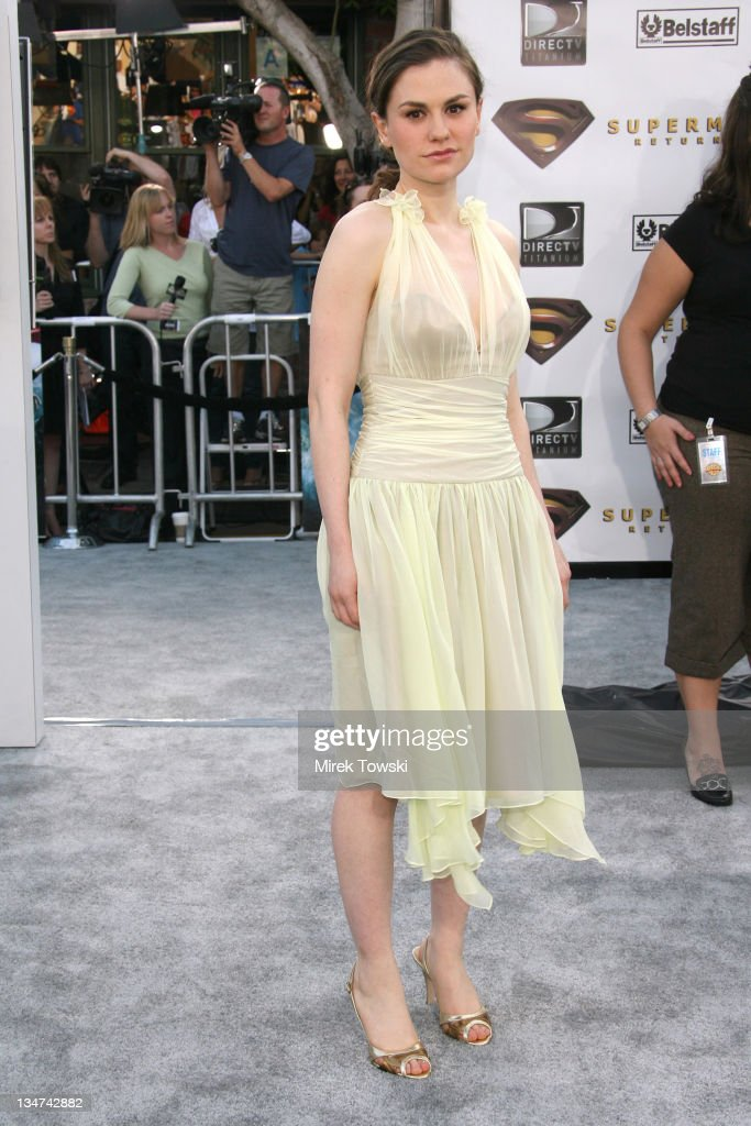 Anna Paquin during 'Superman Returns' Los Angeles Premiere at Mann Village and Bruin Theaters in Westwood California United States
