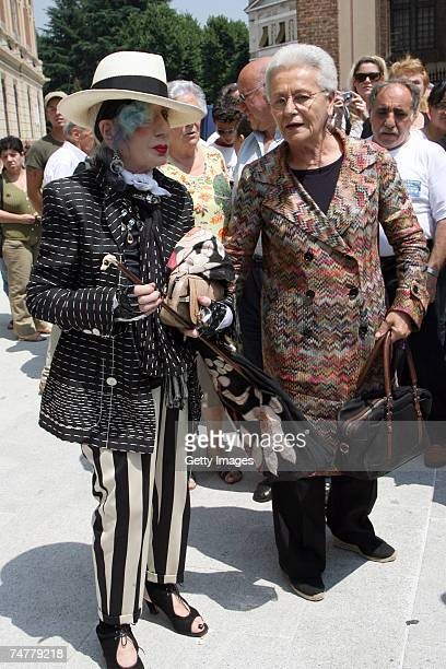 Anna Piaggi and Rosita Missoni arrive at the funeral of Italian designer Gianfranco Ferre at St Magno Church on June 19 2007 in Legnano Italy The...
