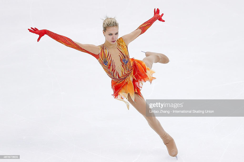 <a gi-track='captionPersonalityLinkClicked' href=/galleries/search?phrase=Anna+Pogorilaya&family=editorial&specificpeople=10062042 ng-click='$event.stopPropagation()'>Anna Pogorilaya</a> of Russia performs during the Ice Dance-Ladies Free Skating on day four of the 2015 ISU World Figure Skating Championships at Shanghai Oriental Sports Center on March 28, 2015 in Shanghai, China.