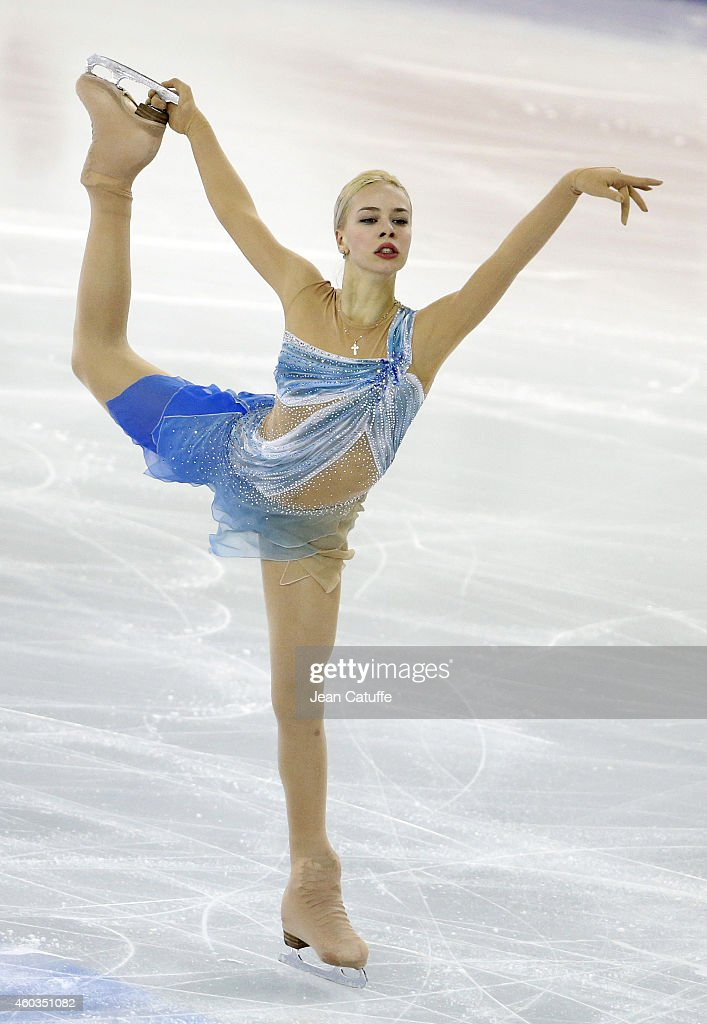 <a gi-track='captionPersonalityLinkClicked' href=/galleries/search?phrase=Anna+Pogorilaya&family=editorial&specificpeople=10062042 ng-click='$event.stopPropagation()'>Anna Pogorilaya</a> of Russia performs during the Ladies Short Program Final on day one of the ISU Grand Prix of Figure Skating Final 2014/2015 at Barcelona International Convention Centre on December 11, 2014 in Barcelona, Spain.