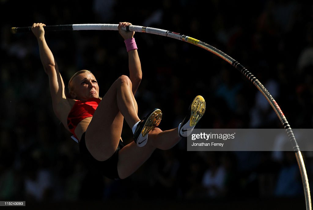 <a gi-track='captionPersonalityLinkClicked' href=/galleries/search?phrase=Anna+Rogowska&family=editorial&specificpeople=790729 ng-click='$event.stopPropagation()'>Anna Rogowska</a> of Poland competes in the pole vault during the IAAF Diamond League Prefontaine Classic June 4, 2011 at the Hayward Field in Eugene, Oregon.