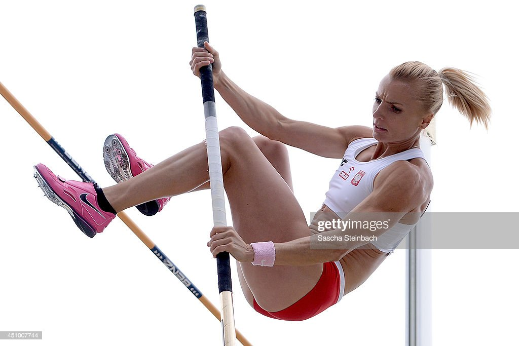 <a gi-track='captionPersonalityLinkClicked' href=/galleries/search?phrase=Anna+Rogowska&family=editorial&specificpeople=790729 ng-click='$event.stopPropagation()'>Anna Rogowska</a> of Poland competes in the Women's Pole Vault during first day of the European Athletics Team Championship at Eintracht Stadium on June 21, 2014 in Braunschweig, Germany.