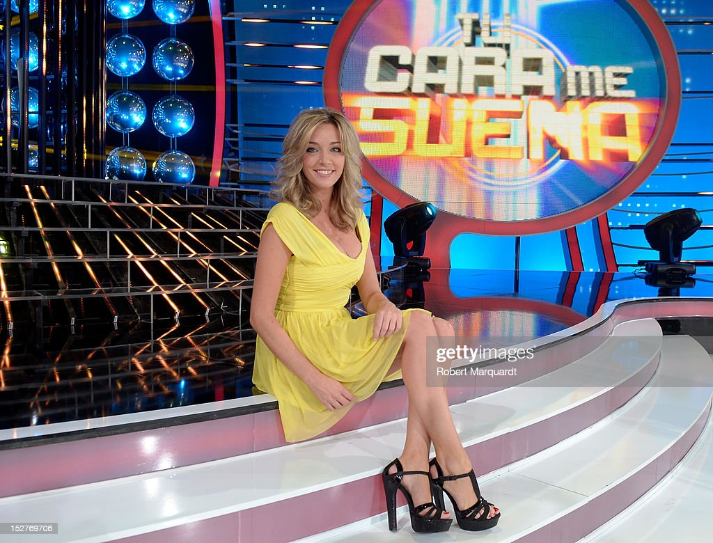 Anna Simon attends a presentation of the 2nd season of 'Tu Cara Me Suena' at the Antenna 3 studios on September 25, 2012 in Barcelona, Spain.