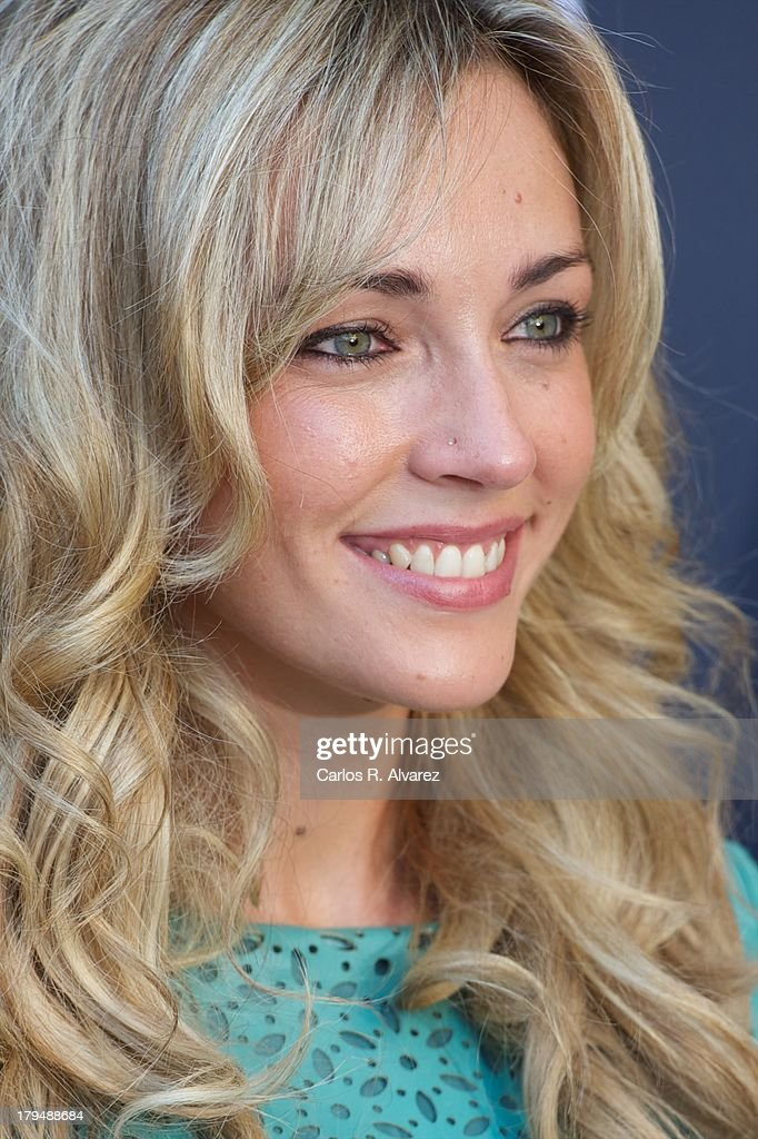 Anna Simon attends the 'Por Arte de Magia' new television show during the day three of 5th FesTVal Television Festival 2013 at the Villa Suso Palace on September 4, 2013 in Vitoria-Gasteiz, Spain.