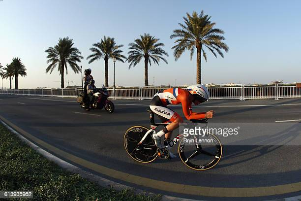 Anna van der Breggen of The Netherlands in action during the Women's Elite Individual Time Trial on day 3 of the UCI Road World Championships on...
