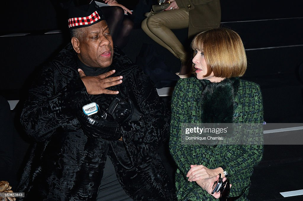<a gi-track='captionPersonalityLinkClicked' href=/galleries/search?phrase=Anna+Wintour&family=editorial&specificpeople=202210 ng-click='$event.stopPropagation()'>Anna Wintour</a> (R) and guest attend the Nina Ricci Fall/Winter 2013 Ready-to-Wear show as part of Paris Fashion Week on February 28, 2013 in Paris, France.