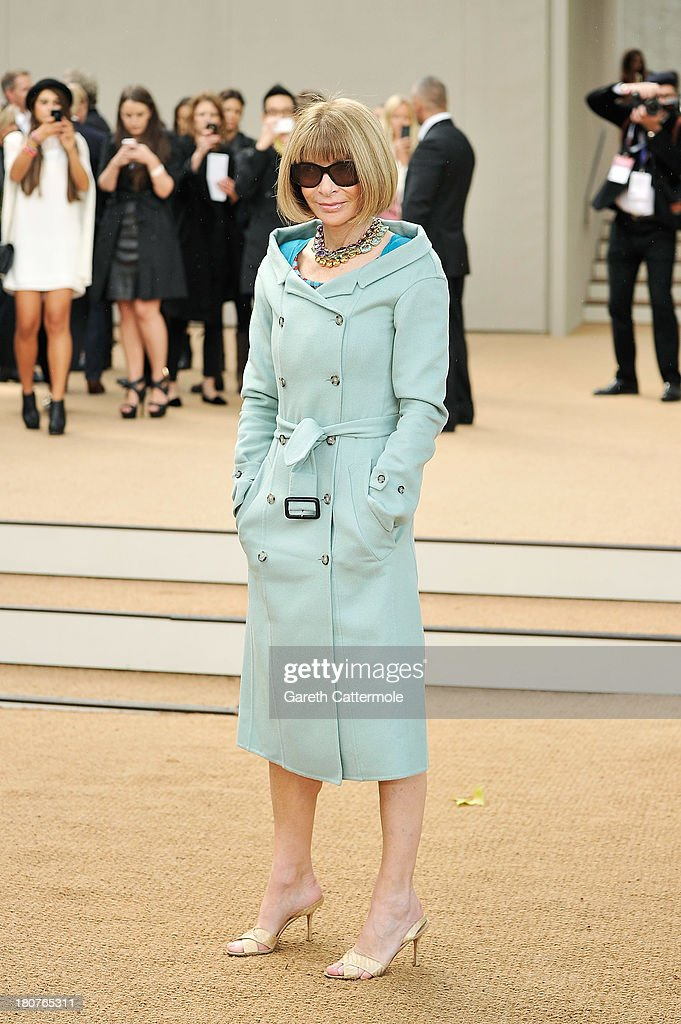 Anna Wintour arrives at Burberry Prorsum Womenswear Spring/Summer 2014 show during London Fashion Week at Kensington Gardens on September 16, 2013 in London, England.