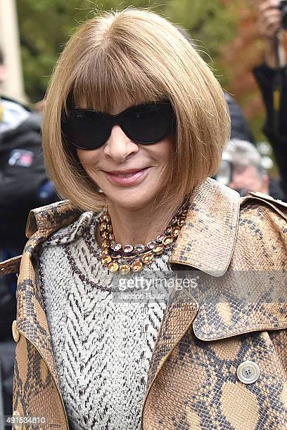 Anna Wintour arrives at Chanel Fashion Show during the Paris Fashion Week S/S 2016 Day Eight on October 6 2015 in Paris France