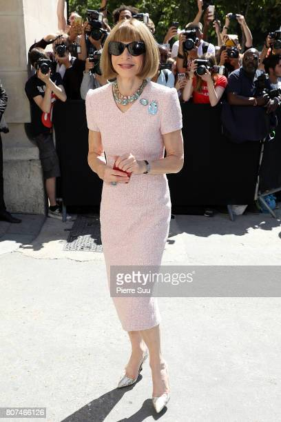 Anna Wintour arrives at the Chanel Haute Couture Fall/Winter 20172018 show as part of Haute Couture Paris Fashion Week on July 4 2017 in Paris France
