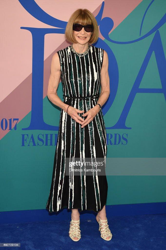 2017 CFDA Fashion Awards - Arrivals : News Photo