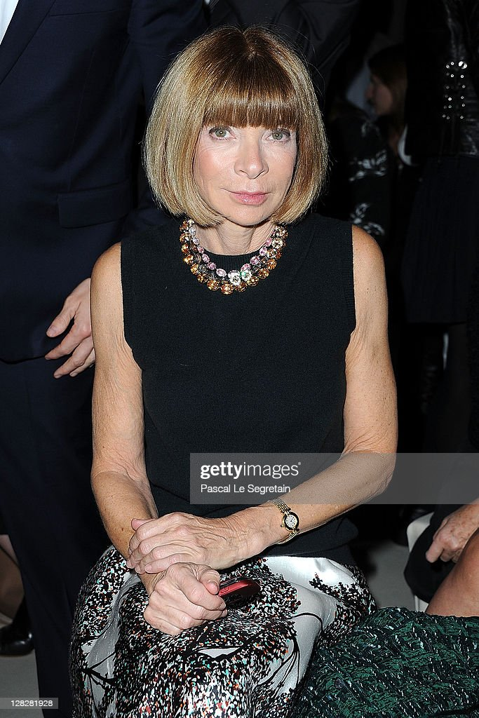 <a gi-track='captionPersonalityLinkClicked' href=/galleries/search?phrase=Anna+Wintour&family=editorial&specificpeople=202210 ng-click='$event.stopPropagation()'>Anna Wintour</a> attends the Alexander McQueen Ready to Wear Spring / Summer 2012 show during Paris Fashion Week on October 4, 2011 in Paris, France.
