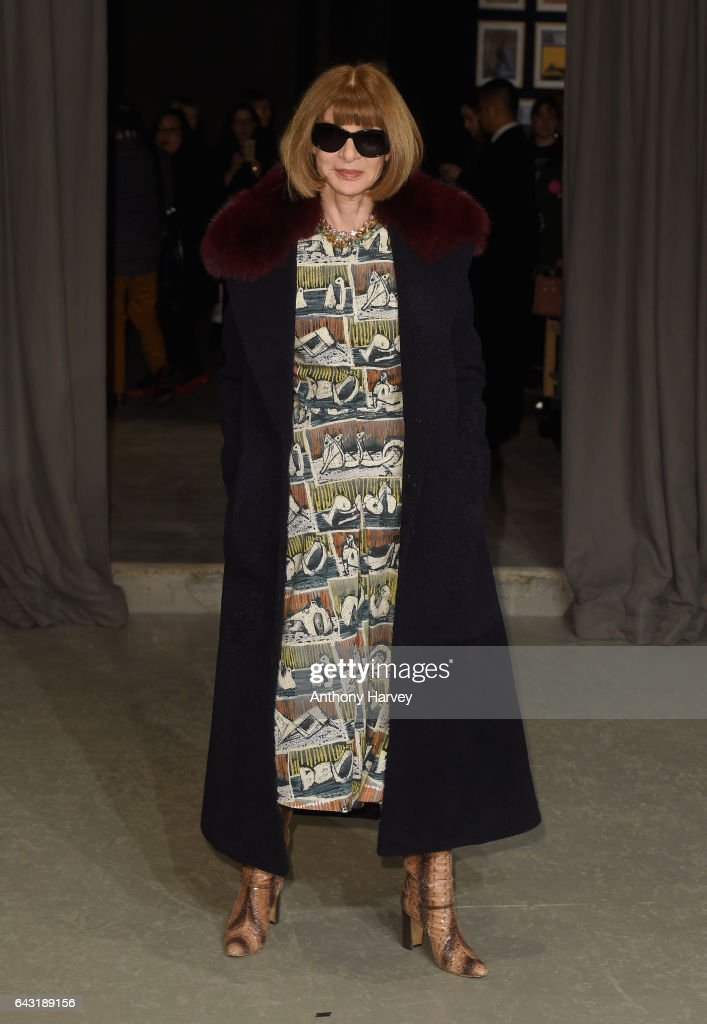 anna-wintour-attends-the-burberry-show-during-the-london-fashion-week-picture-id643189156