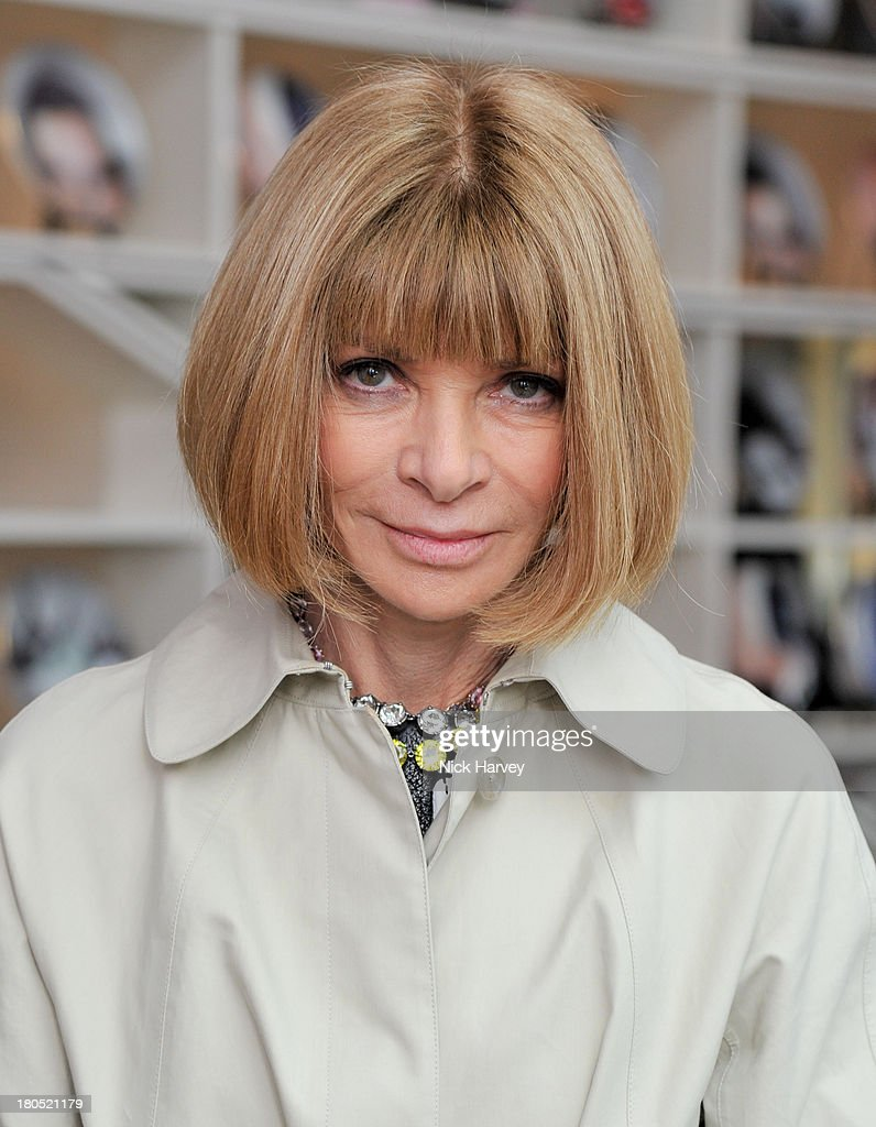 <a gi-track='captionPersonalityLinkClicked' href=/galleries/search?phrase=Anna+Wintour&family=editorial&specificpeople=202210 ng-click='$event.stopPropagation()'>Anna Wintour</a> attends the Eco-Age and Green Carpet Challenge screening of Handprint at W London - Leicester Square on September 14, 2013 in London, United Kingdom.