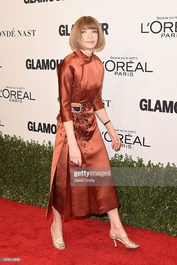 anna-wintour-attends-the-glamour-celebrates-2016-women-of-the-year-picture-id623312838