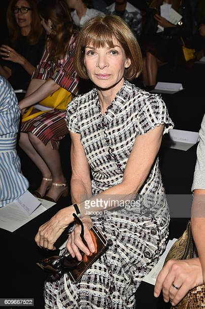 Anna Wintour attends the Max Mara show during Milan Fashion Week Spring/Summer 2017 on September 22 2016 in Milan Italy