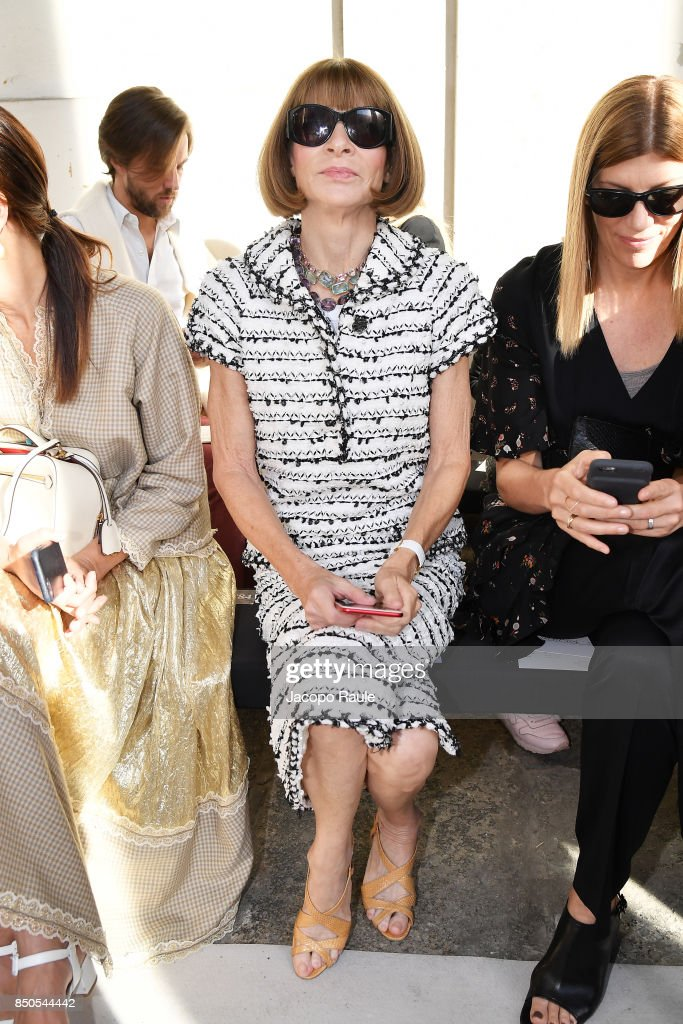 anna-wintour-attends-the-max-mara-show-during-milan-fashion-week-on-picture-id850544442