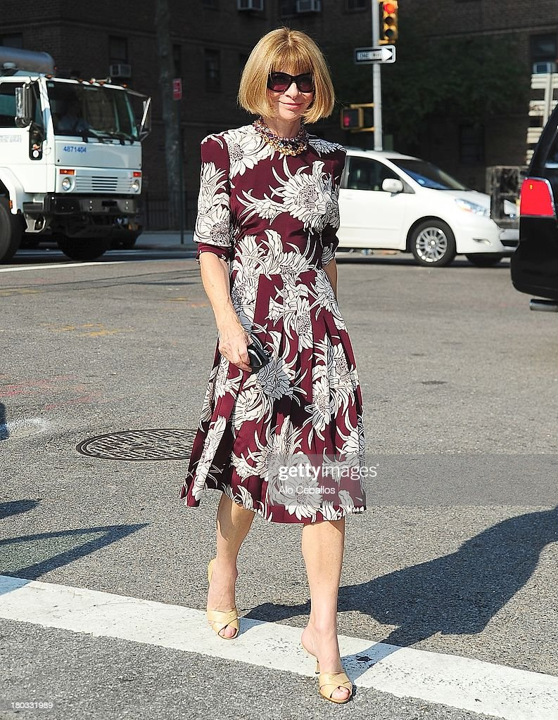 <a gi-track='captionPersonalityLinkClicked' href=/galleries/search?phrase=Anna+Wintour&family=editorial&specificpeople=202210 ng-click='$event.stopPropagation()'>Anna Wintour</a> attends the Michael Kors Spring 2014 fashion show at The Theater at Lincoln Center on September 11, 2013 in New York City.
