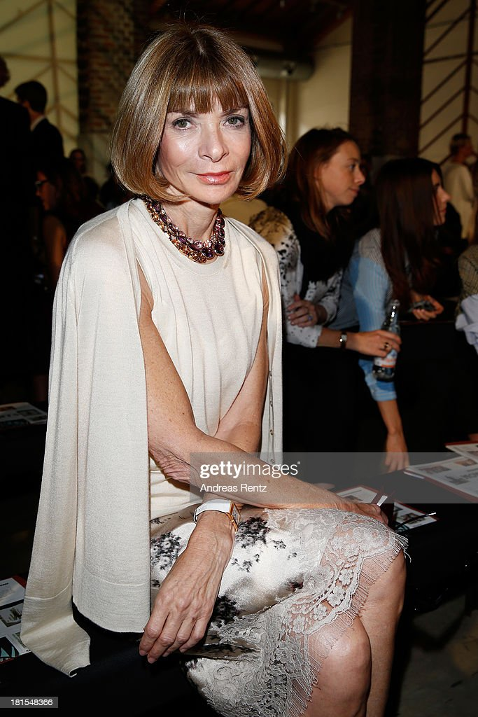 <a gi-track='captionPersonalityLinkClicked' href=/galleries/search?phrase=Anna+Wintour&family=editorial&specificpeople=202210 ng-click='$event.stopPropagation()'>Anna Wintour</a> attends the Missoni show as part of Milan Fashion Week Womenswear Spring/Summer 2014 at on September 22, 2013 in Milan, Italy.