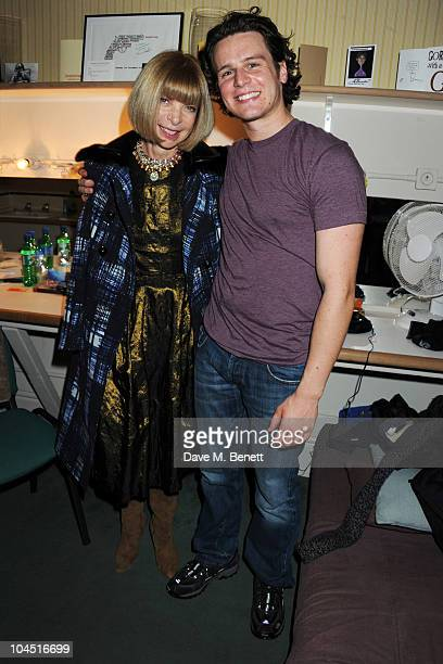 Anna Wintour poses backstage with cast member Jonathan Groff after attending a performance of 'Deathtrap' at the Noel Coward Theatre on September 28...