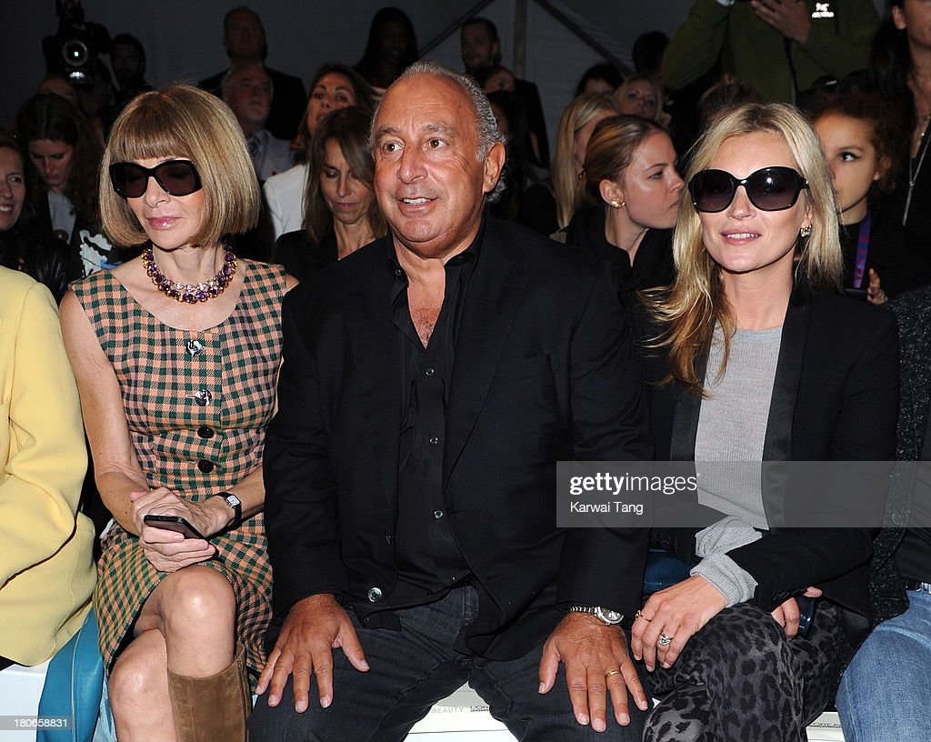 <a gi-track='captionPersonalityLinkClicked' href=/galleries/search?phrase=Anna+Wintour&family=editorial&specificpeople=202210 ng-click='$event.stopPropagation()'>Anna Wintour</a>, Sir Phillip Green and <a gi-track='captionPersonalityLinkClicked' href=/galleries/search?phrase=Kate+Moss&family=editorial&specificpeople=201830 ng-click='$event.stopPropagation()'>Kate Moss</a> attend the Unique show during London Fashion Week SS14 at TopShop Show Space on September 15, 2013 in London, England.