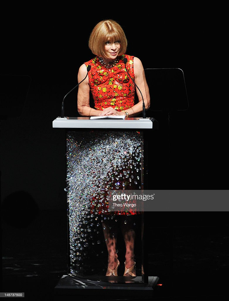 <a gi-track='captionPersonalityLinkClicked' href=/galleries/search?phrase=Anna+Wintour&family=editorial&specificpeople=202210 ng-click='$event.stopPropagation()'>Anna Wintour</a> speaks on stage at the 2012 CFDA Fashion Awards at Alice Tully Hall on June 4, 2012 in New York City.