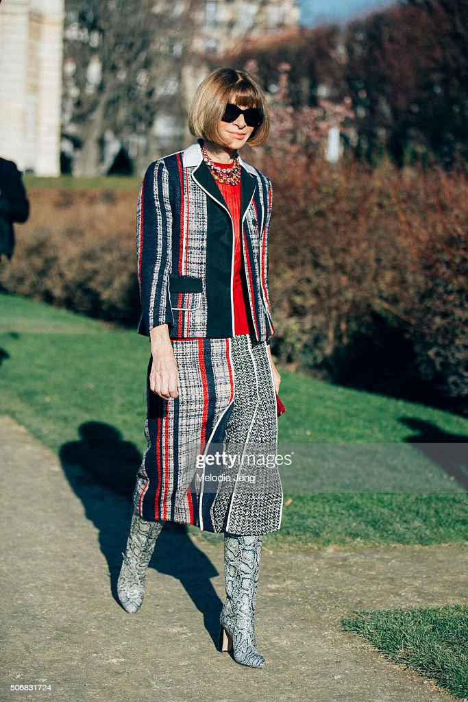 <a gi-track='captionPersonalityLinkClicked' href=/galleries/search?phrase=Anna+Wintour&family=editorial&specificpeople=202210 ng-click='$event.stopPropagation()'>Anna Wintour</a>, Vogue Magazine, editor in chief ttends the Dior Couture show at Musee Rodin on January 25, 2016 in Paris, France.