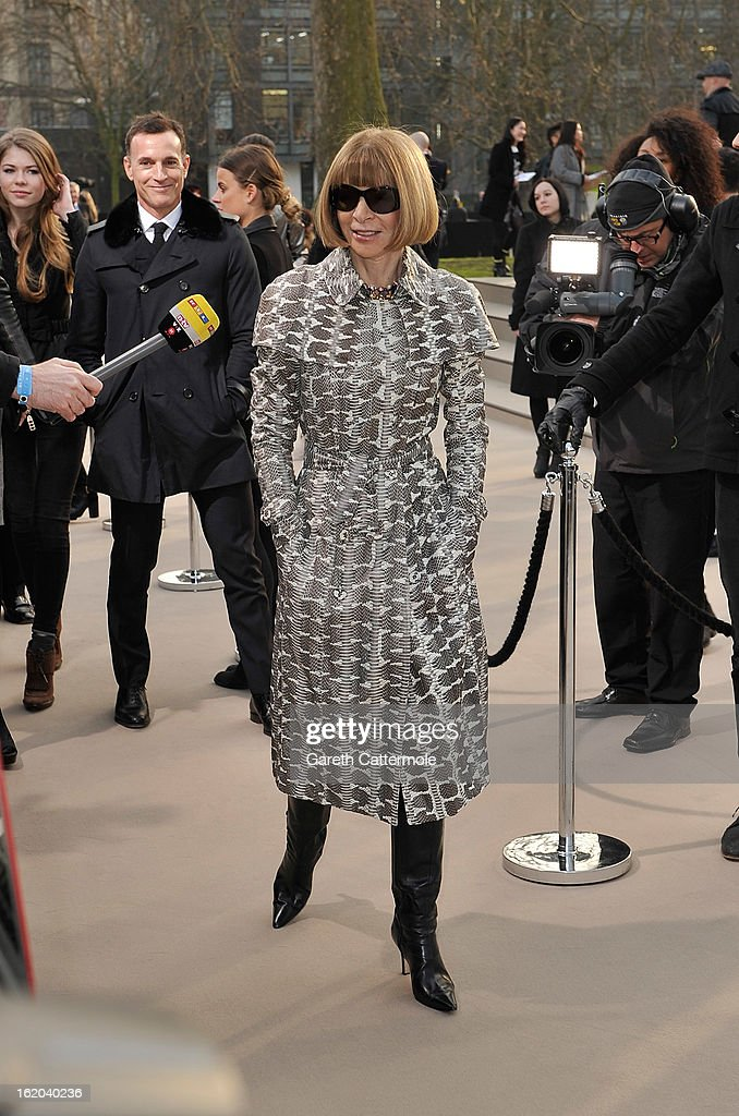 Anna Wintour wearing Burberry, arrives at the Burberry Prorsum Autumn Winter 2013 Womenswear Show on February 18, 2013 in London, England.