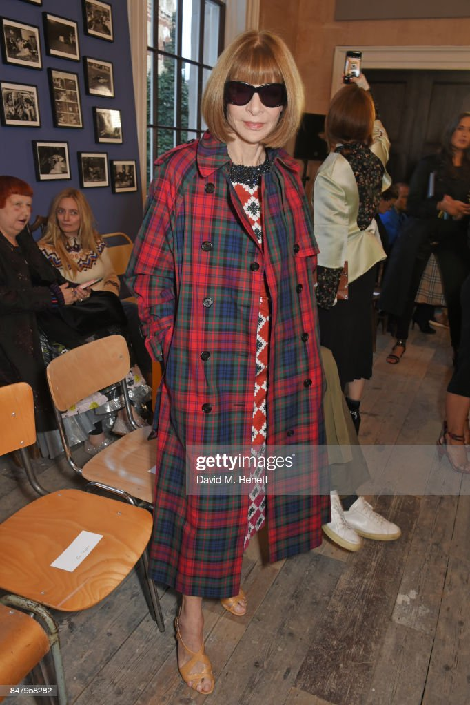 Anna Wintour wearing Burberry at the Burberry September 2017 at London Fashion Week at The Old Sessions House on September 16, 2017 in London, England.