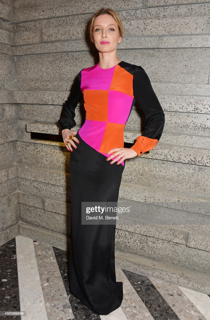 <a gi-track='captionPersonalityLinkClicked' href=/galleries/search?phrase=Annabelle+Wallis&family=editorial&specificpeople=5645087 ng-click='$event.stopPropagation()'>Annabelle Wallis</a> attends the opening of Roksanda on Mount Street on June 10, 2014 in London, England.