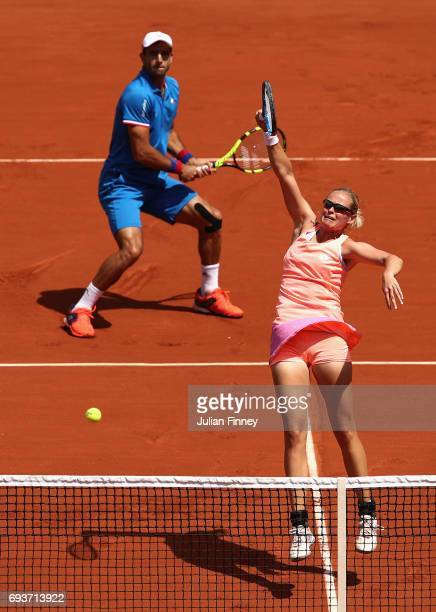 AnnaLena Groenefeld of Germany partner of Robert Farah of Columbia returns the ball during mixed doubles final against Gabriela Dabrowski of Canada...