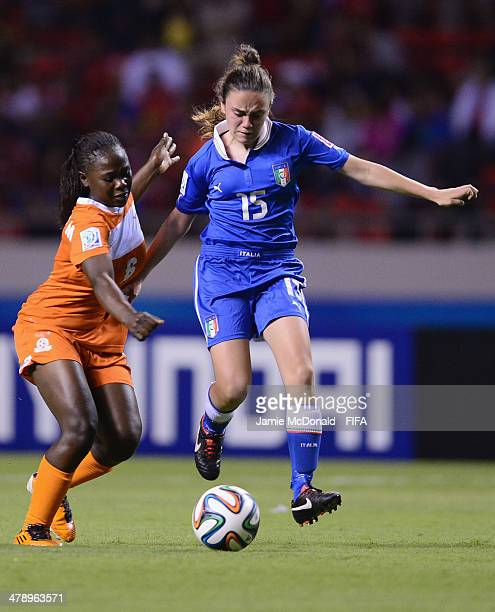 Annamaria Serturini of Italy battles with Mary Mulenga of Zambia during the FIFA U17 Women's World Cup Group A match between Italy and Zambia at...