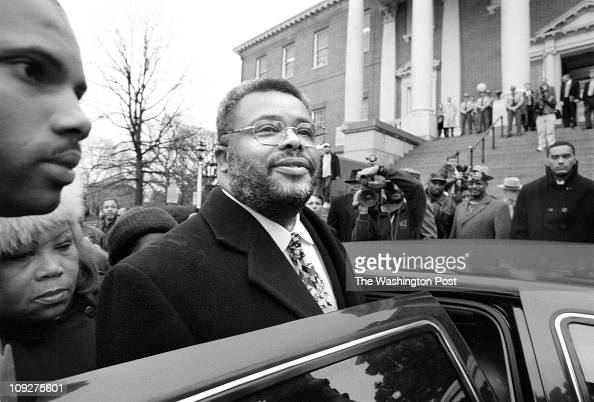 Annapolis MD State House Surrounded by supporters and media Md state senator Larry Young center with halfglasses speaks briefly before getting in his...