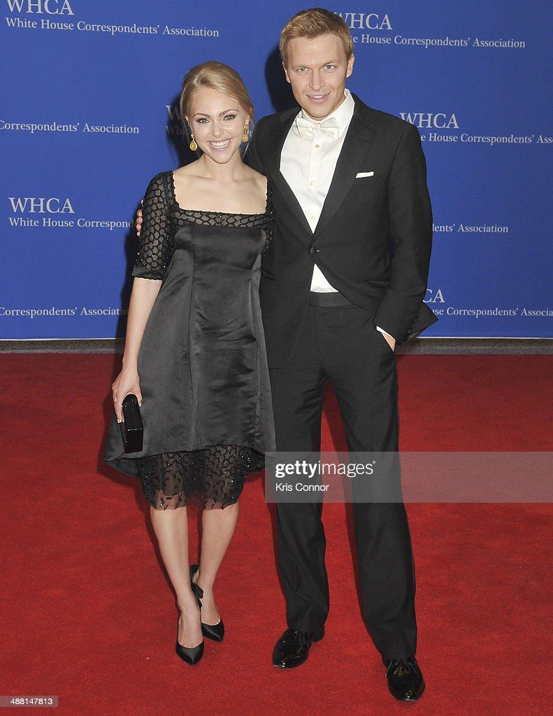 AnnaSophia Robb and Ronan Farrow attend the 100th Annual White House Correspondents' Association Dinner at the Washington Hilton on May 3, 2014 in Washington, DC.