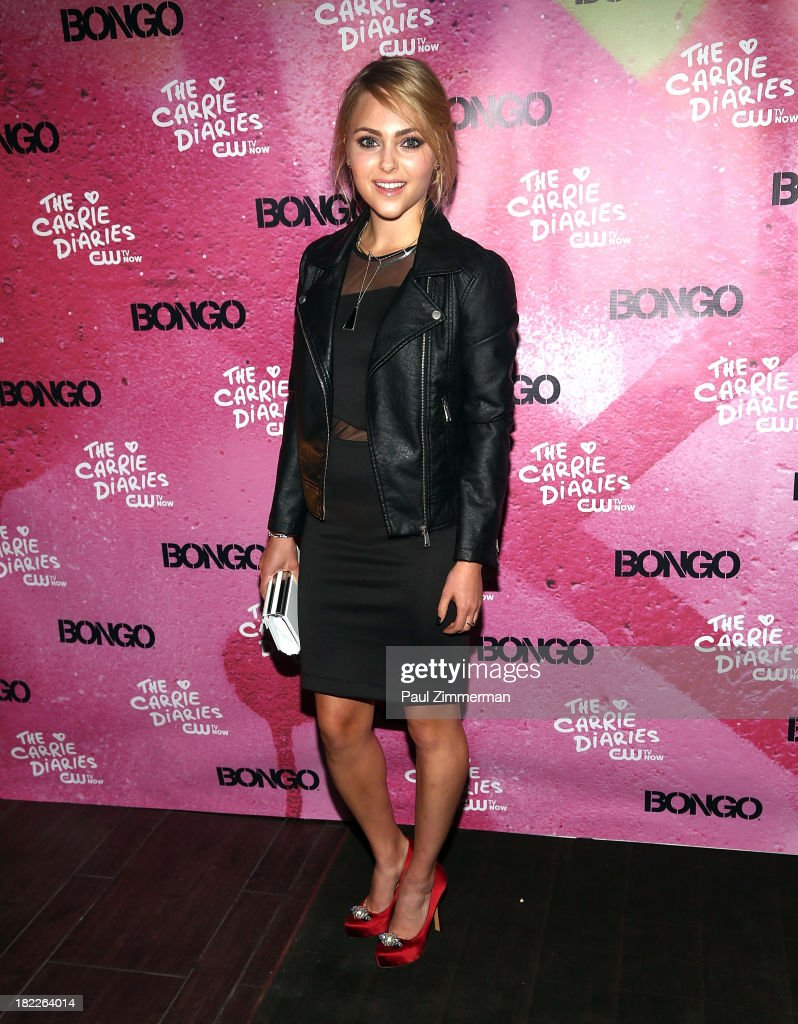 <a gi-track='captionPersonalityLinkClicked' href=/galleries/search?phrase=AnnaSophia+Robb&family=editorial&specificpeople=674007 ng-click='$event.stopPropagation()'>AnnaSophia Robb</a> attends 'The Carrie Diaries' Season Two Premiere Party at Gansevoort Park Avenue on September 28, 2013 in New York City.