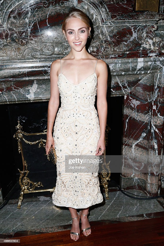 AnnaSophia Robb attends the Marchesa Spring 2016 fashion show during New York Fashion Week at St. Regis Hotel on September 16, 2015 in New York City.
