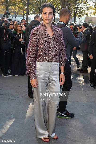 Anne Berest arrives at the Chanel show as part of the Paris Fashion Week Womenswear Spring/Summer 2017 on October 4 2016 in Paris France