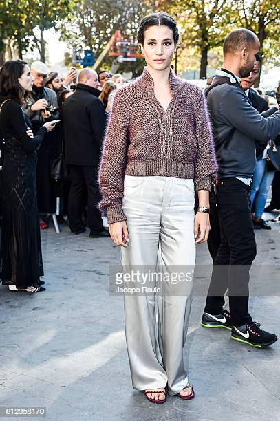 Anne Berest is seen arriving at Chanel Fashion show during Paris Fashion Week Spring/Summer 2017 on October 4 2016 in Paris France