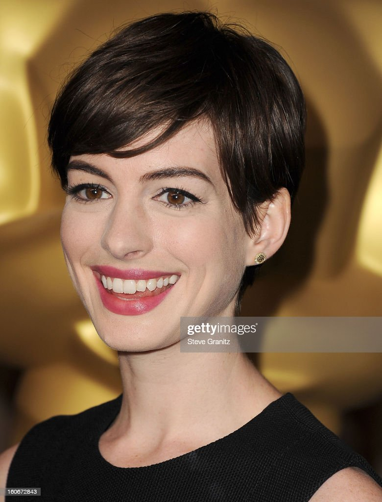 <a gi-track='captionPersonalityLinkClicked' href=/galleries/search?phrase=Anne+Hathaway+-+Actress&family=editorial&specificpeople=11647173 ng-click='$event.stopPropagation()'>Anne Hathaway</a> arrives at the 85th Academy Awards - Nominees Luncheon at The Beverly Hilton Hotel on February 4, 2013 in Beverly Hills, California.