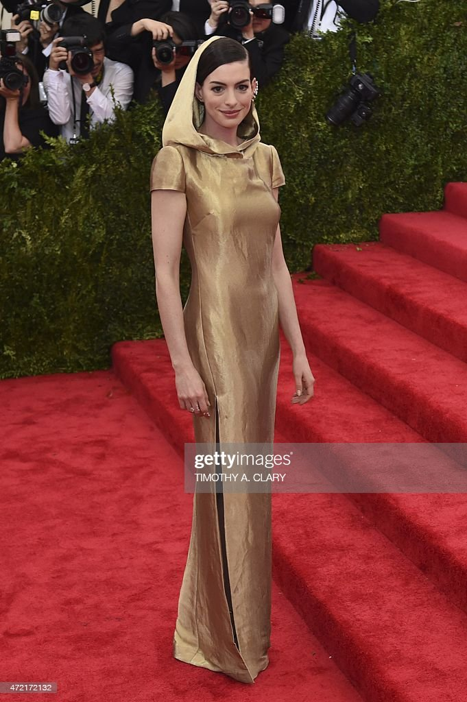 Anne Hathaway arrives at the Costume Institute Gala Benefit at The Metropolitan Museum of Art May 5 2015 in New York AFP PHOTO / TIMOTHY A CLARY