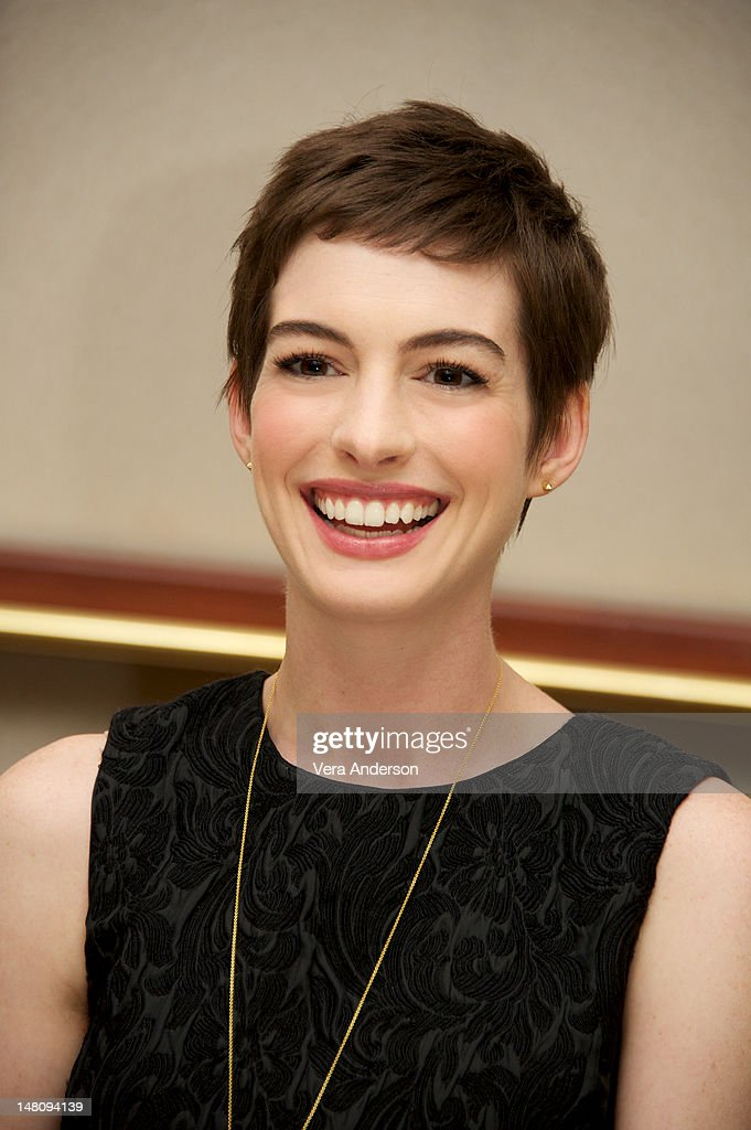 <a gi-track='captionPersonalityLinkClicked' href=/galleries/search?phrase=Anne+Hathaway+-+Actress&family=editorial&specificpeople=11647173 ng-click='$event.stopPropagation()'>Anne Hathaway</a> at 'The Dark Knight Rises' Press Conference at The Beverly Hilton Hotel on July 8, 2012 in Beverly Hills, California.