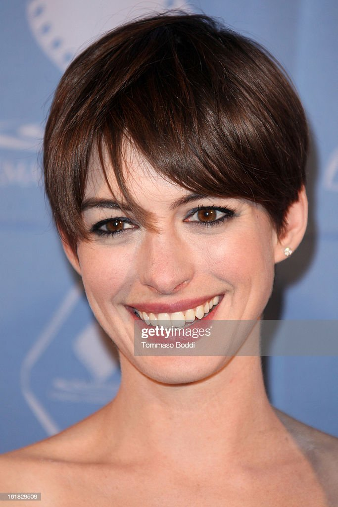 <a gi-track='captionPersonalityLinkClicked' href=/galleries/search?phrase=Anne+Hathaway+-+Actress&family=editorial&specificpeople=11647173 ng-click='$event.stopPropagation()'>Anne Hathaway</a> attends the 49th annual Cinema Audio Society Awards held at Millennium Biltmore Hotel on February 16, 2013 in Los Angeles, California.
