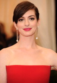 Anne Hathaway attends the 'Charles James Beyond Fashion' Costume Institute Gala at the Metropolitan Museum of Art on May 5 2014 in New York City