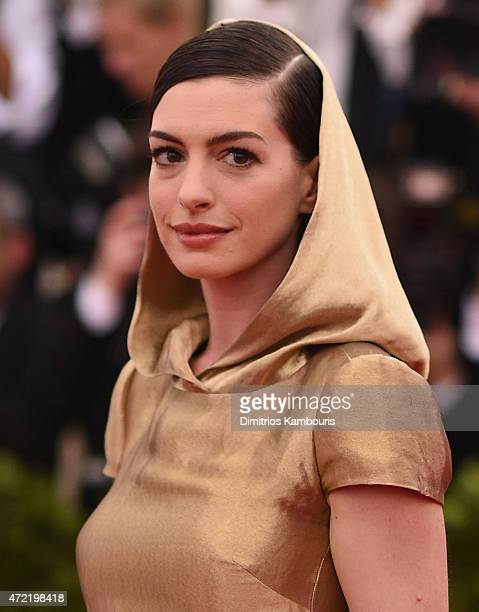 Anne Hathaway attends the 'China Through The Looking Glass' Costume Institute Benefit Gala at the Metropolitan Museum of Art on May 4 2015 in New...